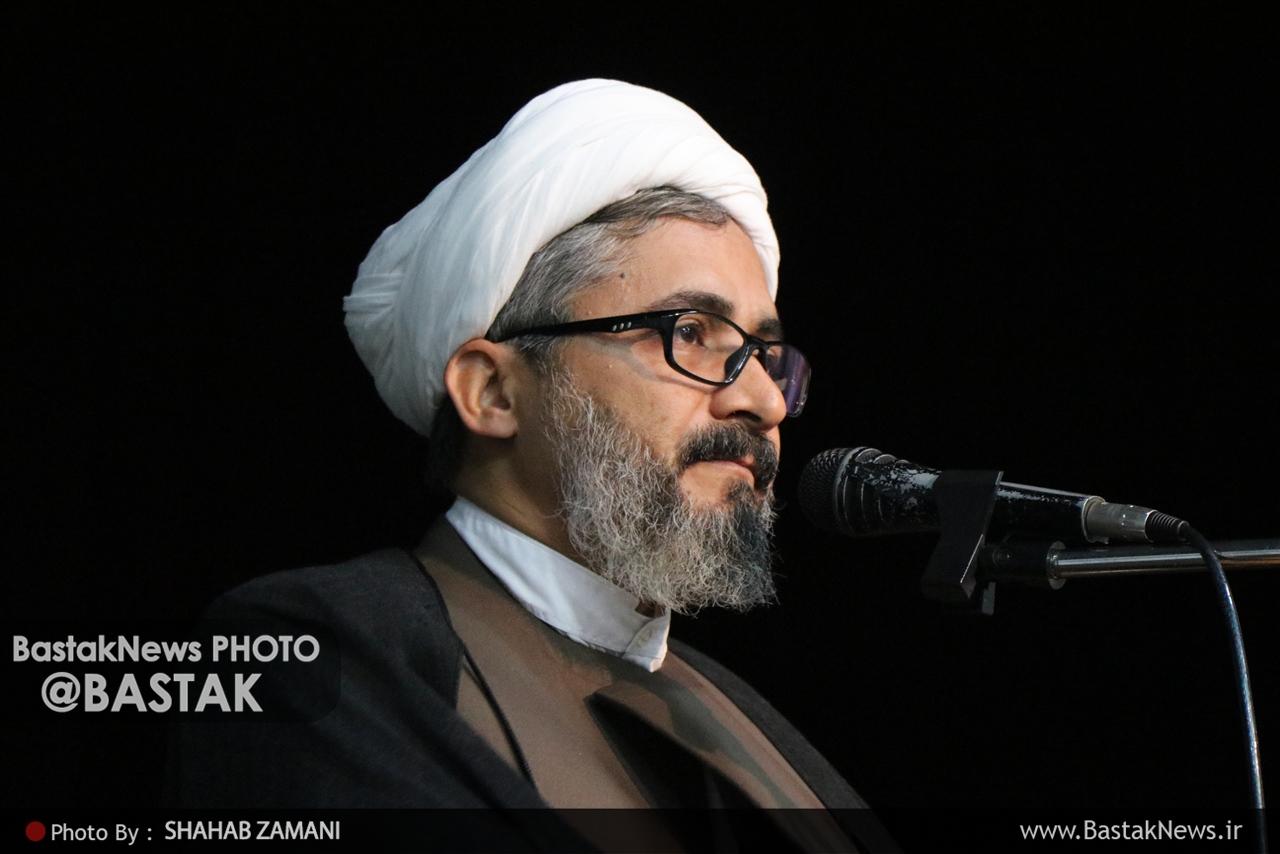 قدردانی امام جمعه بستک از برگزارکنندگان مراسمات عزاداری / عزاداران حسینی، کاری مثال زدنی انجام دادند